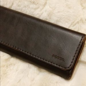 Fossil Magnetic Glasses/Sunglasses Case NWOT